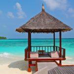 ct_beach-hut-237489_1920